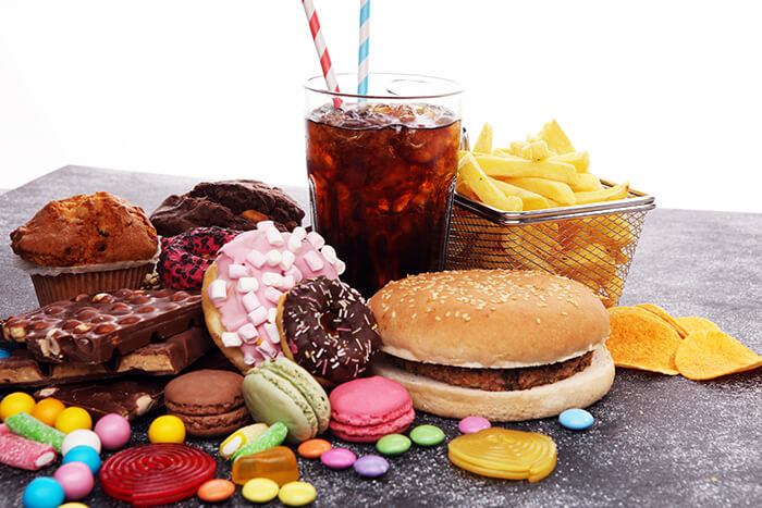 shutterstock-unhealthy-food-700x467